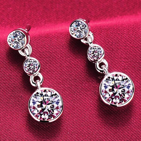 0.8 Carat Round Shape ESCVD Diamonds Fashionable Women Earrings