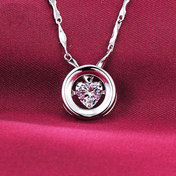 Heartbreaking 0.5 Carat ESCVD Diamonds Fashionable Women Necklaces Gift Necklaces