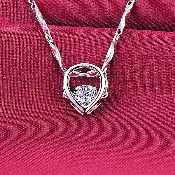 0.25 Carat Heart Shape ESCVD Diamonds Fashionable Women Necklaces Gift Necklaces