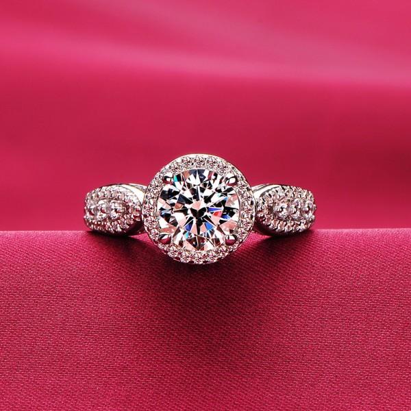 Fashionable 1.2 Carat ESCVD Diamonds Pt 950 Wedding Ring Women Ring