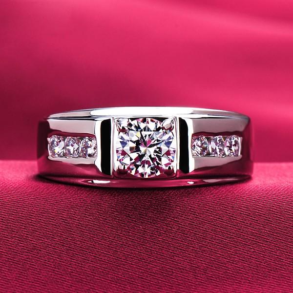 0.8 Carat Four Claw ESCVD Diamonds Lovers Ring Wedding Ring Men Ring