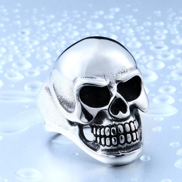 Titanium steel oversized skull ring