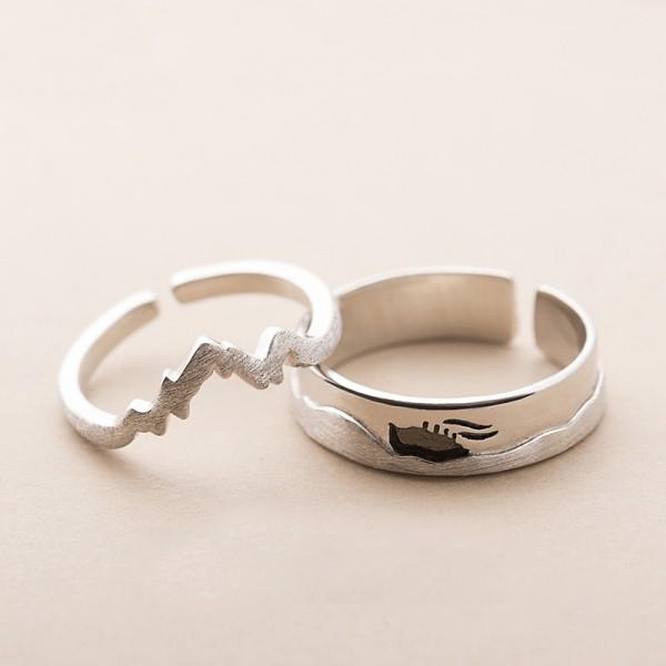 Original Design Sea and Ship Simple Lovers Ring